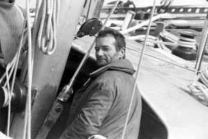 Eric Tabarly a bordo de Pen Duick